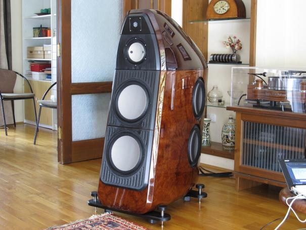 Put down the best looking speaker(s) you have ever seen ...